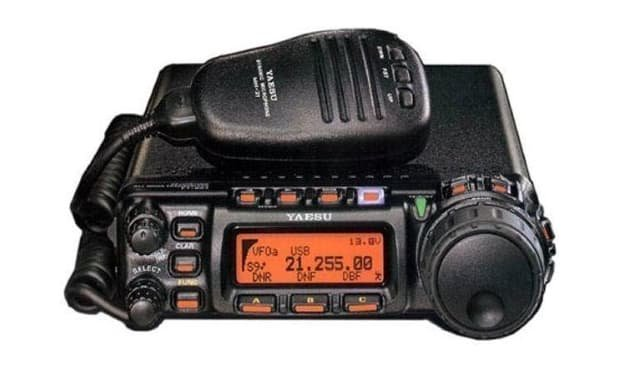 5 Of The Best Handheld Ham Radio For Survival – Reviewed